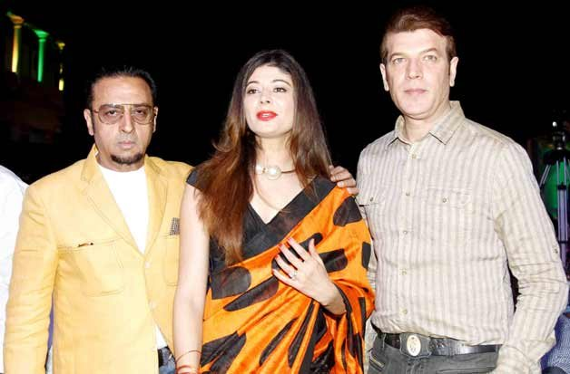 Pooja Batra And Gulshan Grover Photo And Wallpaper Pictures to pin on ...