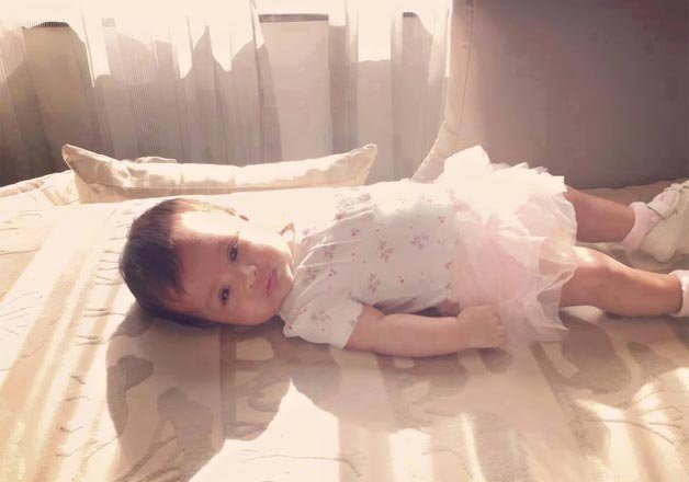 dhoni daughter ziva pic 4