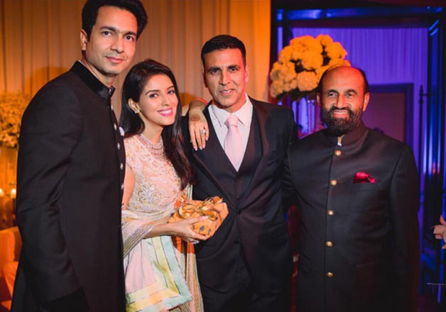 .A glimpse of wedding reception of Asin and Rahul Sharma