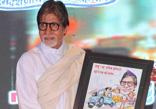 Amitabh Bachchan promotes road safety in Maharashtra