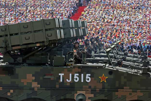 .China displays military might in victory parade