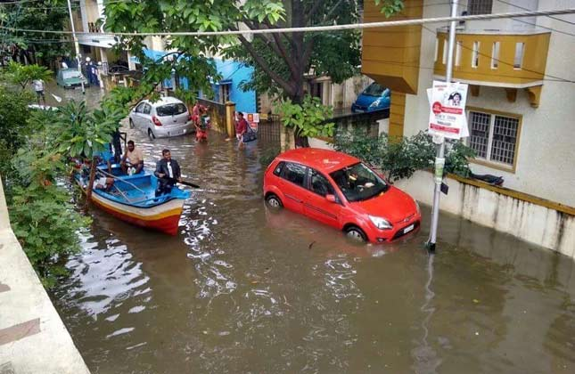 .Heavy rain creates havoc across Tamil Nadu, death toll crosses 90
