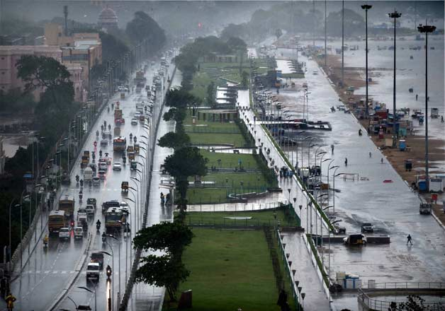 Life comes to a standstill in rain hit Chennai