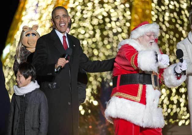 Merry Christmas! Obama kickstarts the festive season