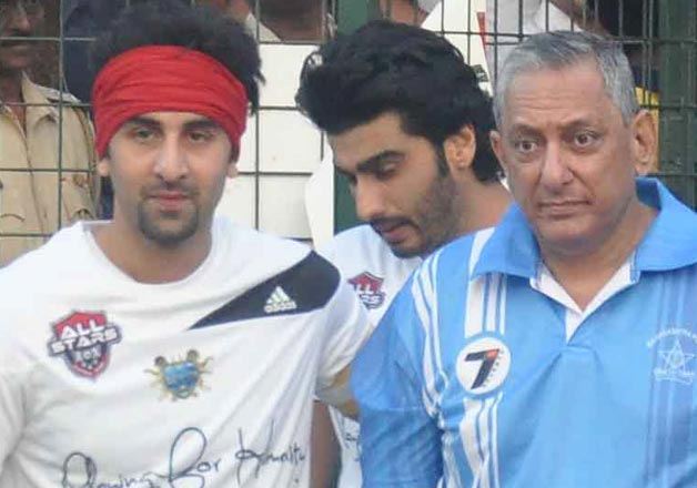 Ranbir, Arjun play football match against Mumbai Police