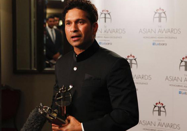 Sachin Tendulkar 42nd birthday: Top selfies