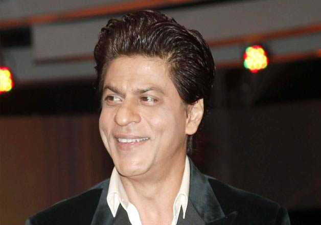 Shah Rukh Khan launches India Poochega Sabse Shaana Kaun
