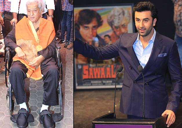 Shashi Kapoor receives Dadasaheb Phalke Award - candid pics from the ceremony