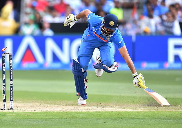 WC 2015: Diving moments of India-South Africa match
