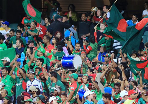 World Cup 2015: Bangladesh cricket fans celebrate historic win over England