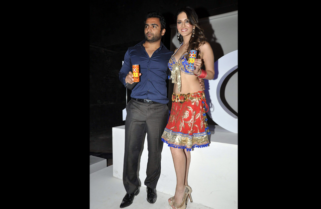 Sunny Leone Endorsing An Energy Drink Page 4-1680