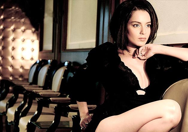 Kangana Ranaut joins with the Director whom she