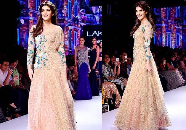Celebs Scorching The Ramp At Lakme Fashion Week 2015 India Tv News